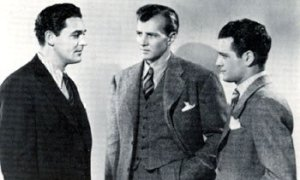 Herman Brix (Bruce Bennett) junto a Charles Quigley y Dave Sharpe en