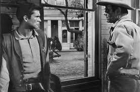 Perkins con Henry Fonda en