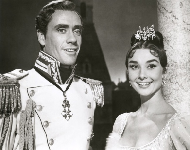 Mel Ferrer con Audrey Hepburn en Guerra y Paz (1956)