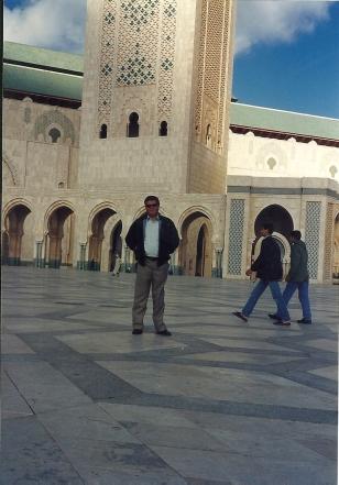 El autor en la mezquita Hassan II