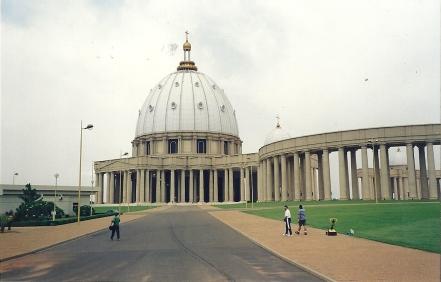 Basilica de Nuestra Señora de la Paz en Yamousukró