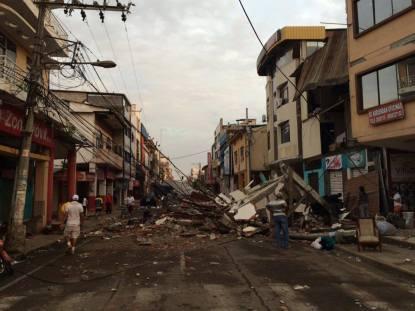El centro de la ciudad de Portoviejo destruido por el terremoto