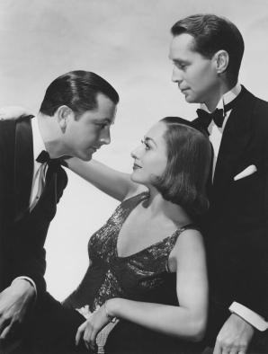 Joan Crawford con Robert Young (der.) y Franchot Tone en The bride wore red (1937)