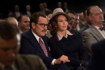 Trumbo y su esposa en el estreno de un filme premiado por su guión