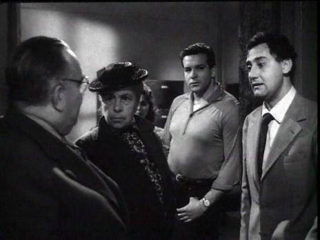 Bud Spencer al centro y a la izq. de Alberto Sordi en Un Héroe de Nuestro Tiempo (1955)