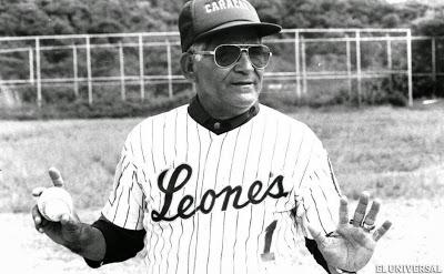 Pompeyo Davalillo en sus años de dirigente de los Leones de Caracas