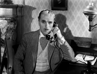 """Chaplin en una escena de """"Monsieur Verdoux (1947)"""""""