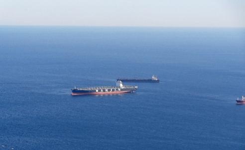 barcos-en-espera-para-entrar-a-gibraltar