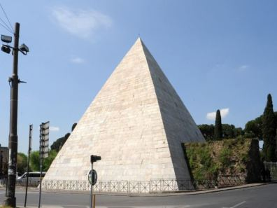 piramide-cestia-4