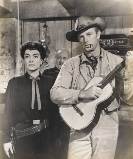 Joan Crawford y Sterling Hayden en Johnny Guitar (1954)