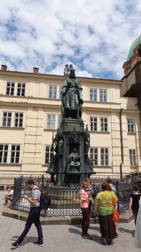 Monumento a Carlos Rey