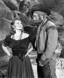 Victor Jory con Rita Hayworth en Los amores de Carmen (1948)