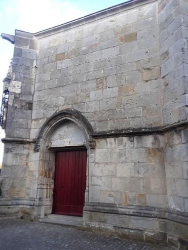 Pequeña iglesia de Santa María