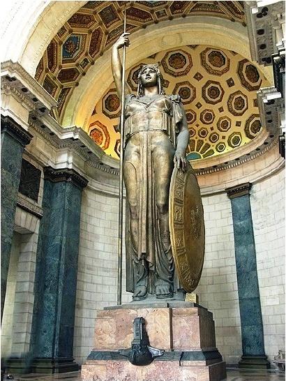La estatua de la república 2