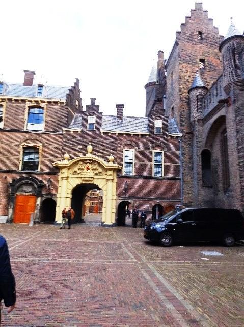 Entrada al Binnenhof