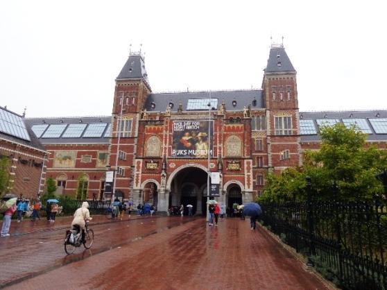 Entrada principal del museo nacional