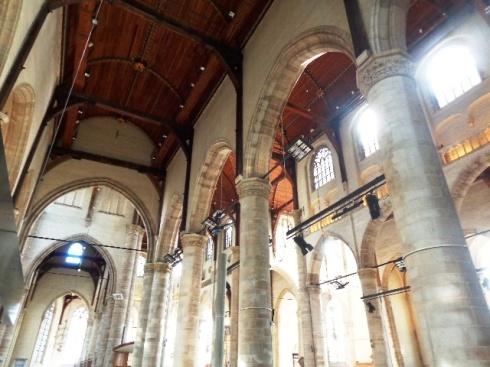 Interior de la Iglesia San Lorenzo