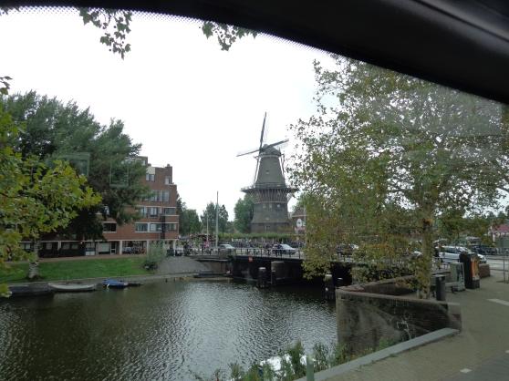 Molino al viento, Ámsterdam.JPG