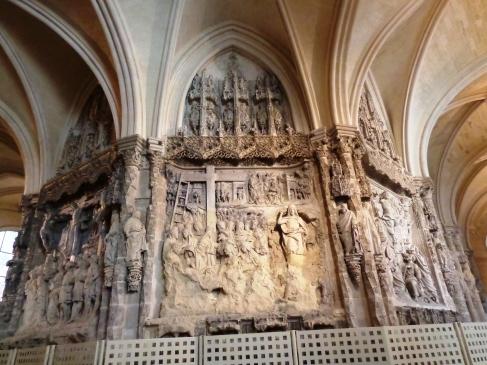 Relieves de la girola en la Catedral