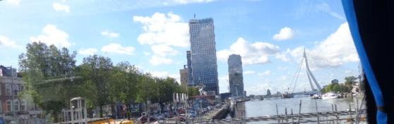 Vista de Rotterdam y el puente Erasmo 2