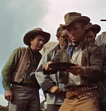 richard jaeckel al frente en cowboy 1958
