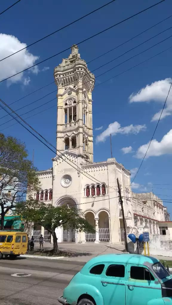 Iglesia San Juan Bosco