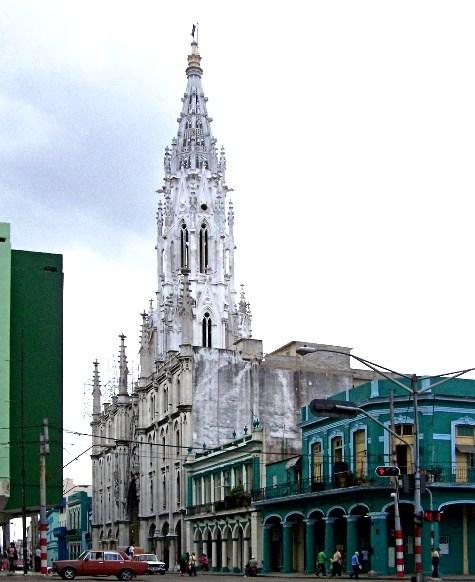 Iglesia de Reina