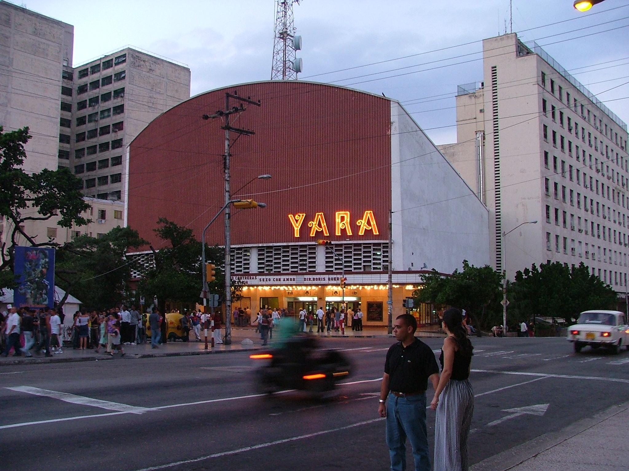 Cine Yara, antes Radiocentro