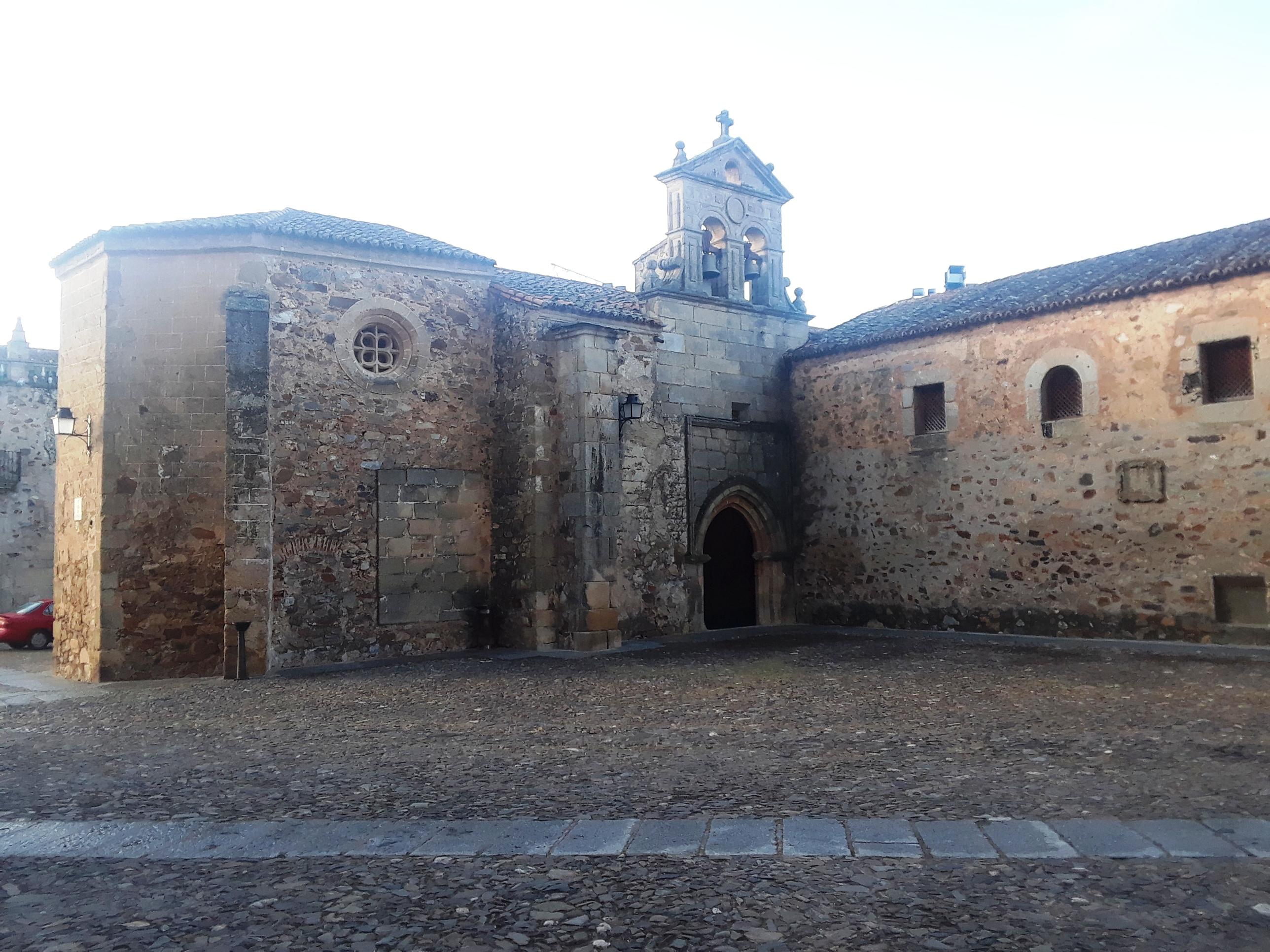 Convento de San Pablo en la plaza homónima