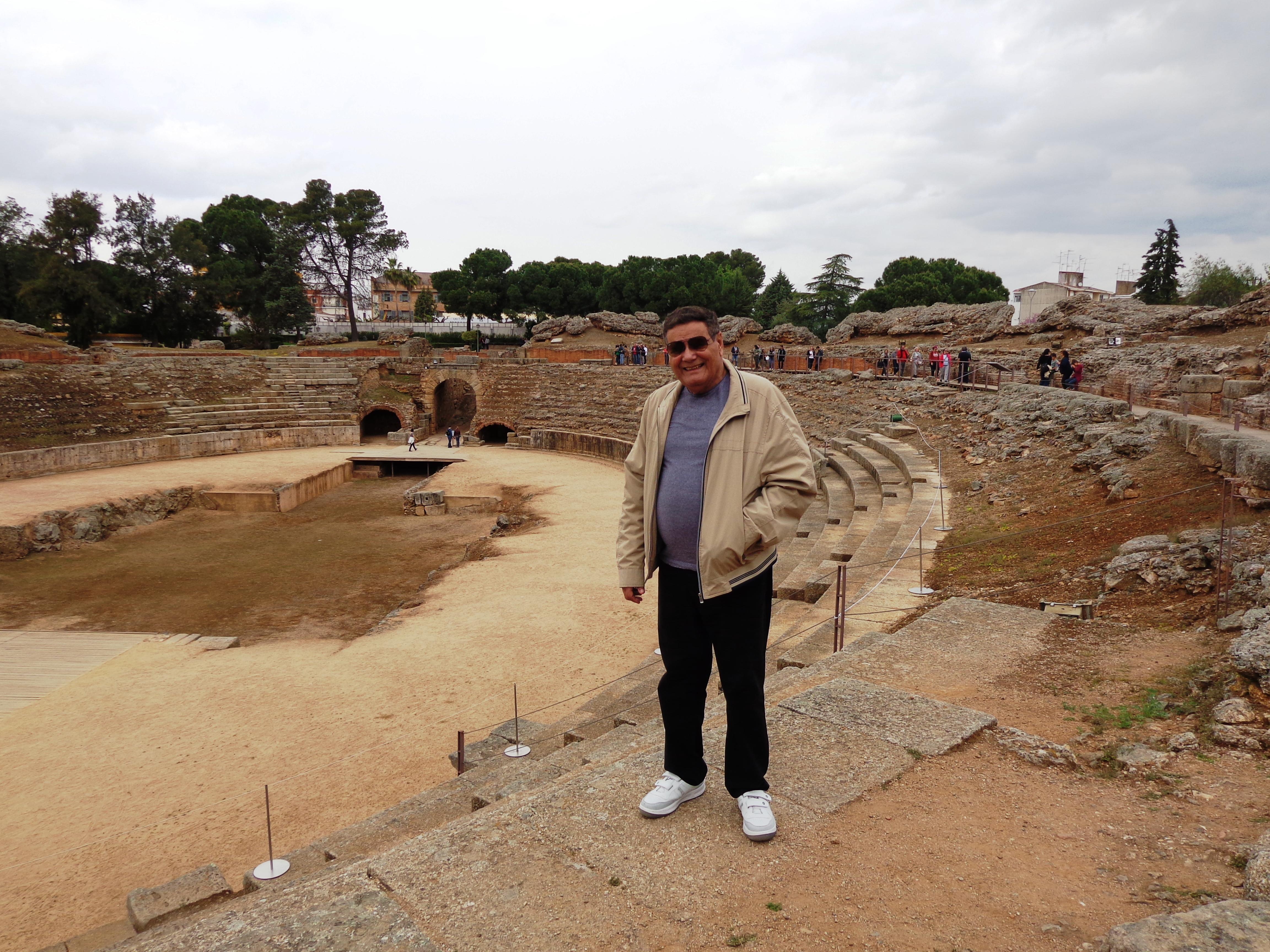 Yo en anfiteatro romano, Mérida