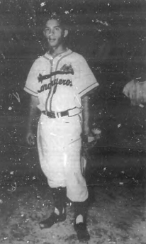 José Pantalones Santiago