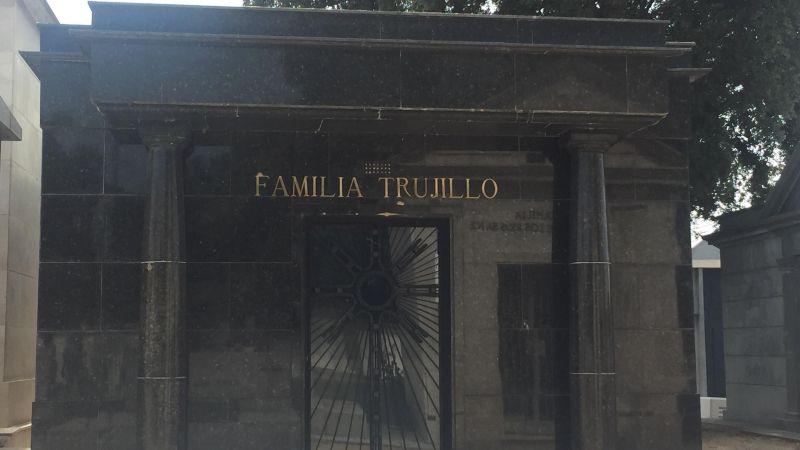 Panteón de la familia Trujillo en El Pardo