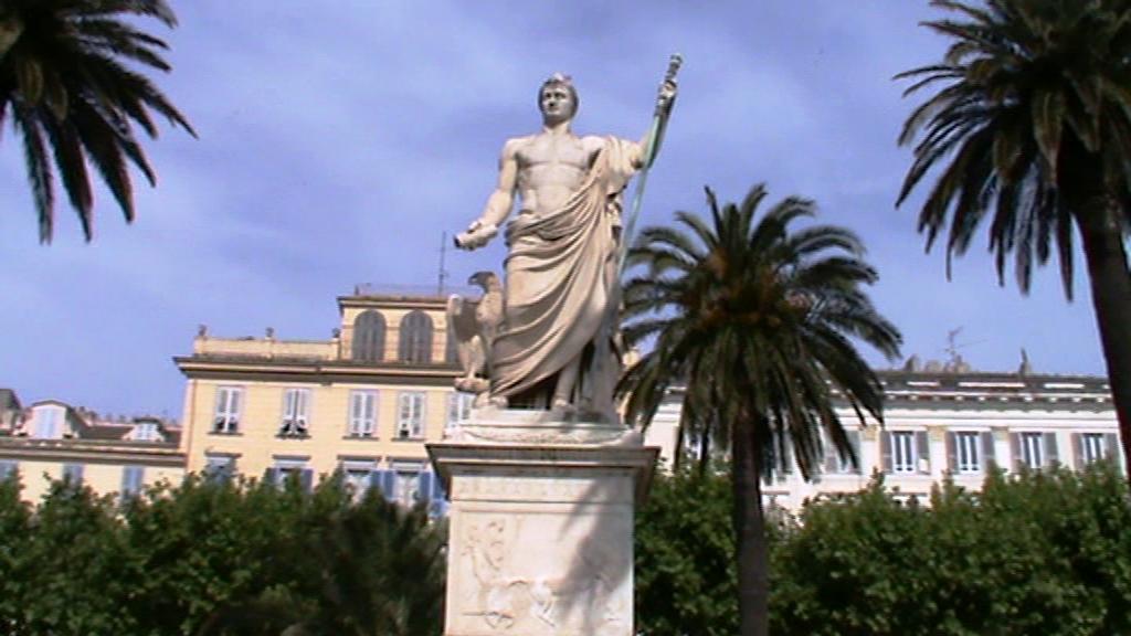 Monumento a Napoleón en Bastia